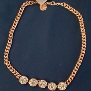 Jessica Simpson  gold Necklace